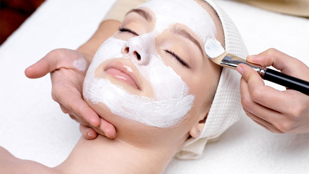 Relaxation Facial
